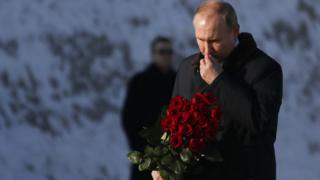 President Putin at Volgograd war memorial, 2 Feb 18