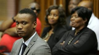 Afriforum a annoncé qu'il poursuivrait au civil Duduzane Zuma, le fils du président sud-africain accusé d'homicide.