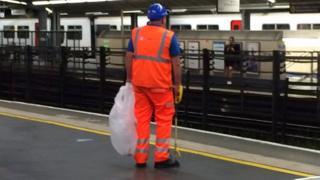 Tube worker