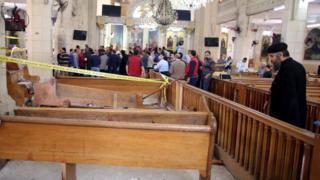 Ledakan pertama saat Minggu Palma itu terjadi dalam gereja Mar Girgis di Tanta