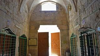 زيارة إلى حمام الاستجمام العتيق في القدس