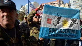 Falklands War veterans march in Buenos Aires, 16 June 15