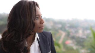 Elle été suspendue de son poste de présidente de la fédération sierra léonaise de football après une enquête diligentée par la Commission anti-corruption du pays (ACC).