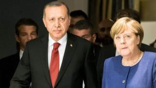 Prezida Erdogan n'uwurongoye leta y'Ubudagi Angela Merkel mu nama ya G20 i Hamburg kuno kwezi
