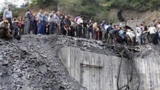 İran'da patlama olan maden