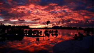 Кирибати на закате