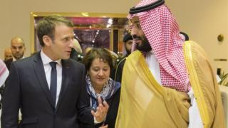ماكرون وبن سلمان في الرياض