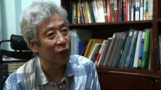Giáo sư Tôn là một trong những nhà chỉ trích chính quyền mạnh mẽ và nổi tiếng