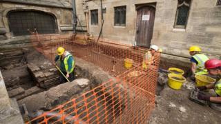 Dig at Hull Minster