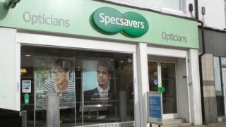 Specsavers, Hyde