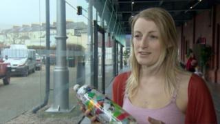 """Swansea """"ecobricker"""" Phoebe Dawson"""