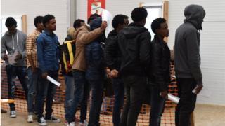 Германия өкмөтү мигранттарды өз өлкөлөрүнө кайтаруу программасына 150 млн евро сарптайт
