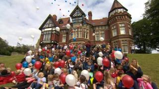 Staff and children released balloons to mark the end of an era