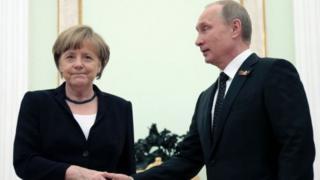 Angela Merkel ve Vladimir Putin