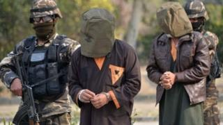 Dakarun Afghanistan a yayin da suka kamo wasu 'yan