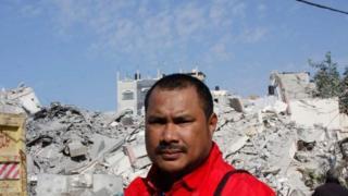 Abdillah Onim, wartawan dan relawan Indonesia yang tinggal di Gaza sejak 2009.