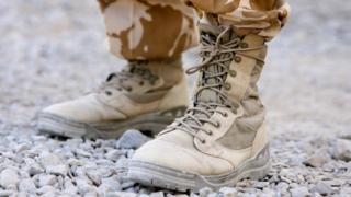 British soldier's boots in Iraq
