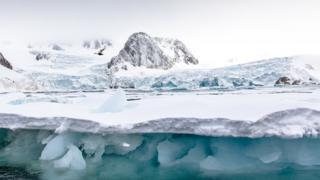 קרח קרחונים ב Svalbard הארקטי