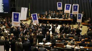 Câmara vota reforma