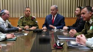 اسرائیل غزه را به تلافی حملات راکتی بمباران کرد