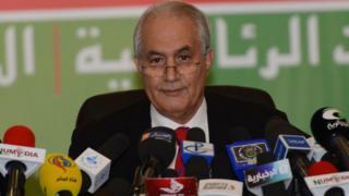 Tayeb Belaiz photographié ici lorsqu'il proclamait les résultats de l'élection présidentielle de 2014 en sa qualité de ministre de l'Intérieur de l'époque.