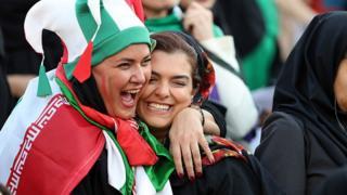 زنان مسابقه فوتبال ایران و کامبوج را تاریخی کردند