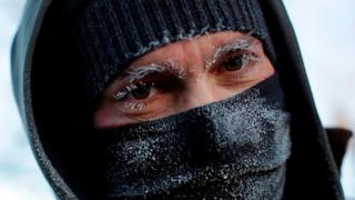 이상 기온 현상으로 미국 중북부에서 남극보다 추운 한파가 몰아쳤다.