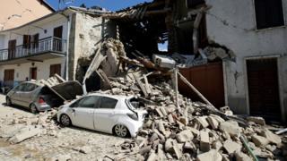 İtalya'da Çarşamba günü meydana gelen depremler büyük yıkım ve paniğe sebep olmuştu.