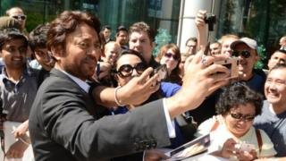 Irrfan takes selfies with fans