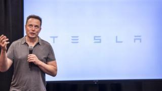 Ілон Маск планує за сто днів вирішити проблеми з енергопостачанням в Австралії