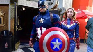 Penonton Avengers: Endgame di Chinese Theatre, Los Angeles pada 25 April lalu.