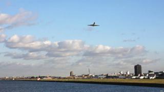 ABP倫敦東南皇家阿爾伯特碼頭超大型商民混合地產開發項目
