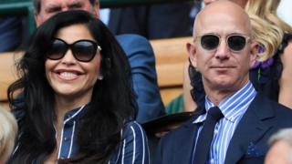 Bezos and his girlfriend