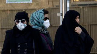 Iranian women wearing face masks in Tehran