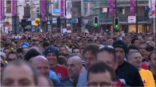 Cardiff Half Marathon 2012 starts