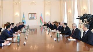 Prezident İlham Əliyevin və Qazaxıstan Respublikasının Prezidenti Nursultan Nazarbayevin geniş tərkibdə görüşü keçirilib.