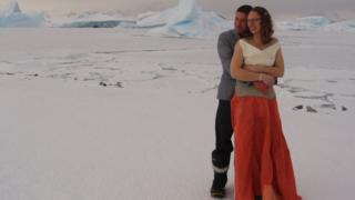 супруги на льду