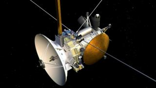 """Космический аппарат """"Кассини"""" мог бы пролететь сквозь выбросы воды на южном полюсе Энцелада. Однако срок его жизни подходит к концу"""