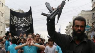 Al-Nusra supporters in Aleppo (file photo)