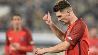 Le jeune défenseur belge Thomas Meunier ne sera pas disponible samedi contre la Grèce pour le match comptant pour la qualification au Mondial 2018