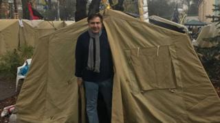 Соратники Саакашвілі розбили наметовий табір під Радою