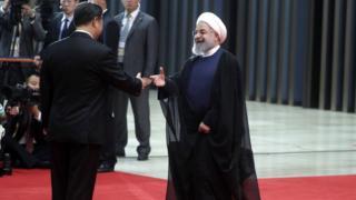 Xi Jinping con Hassan Rouhani.
