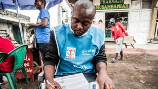 A health worker in the eastern city of Goma, in the Democratic Republic of Congo