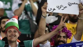 أسباب تشجيع المصريين لمنتخب الجزائر