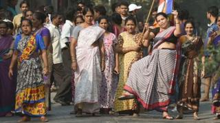महाराष्ट्र में प्रदर्शन