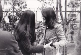"""Những nữ sinh viên Việt Nam - được mệnh danh là """"con cháu hai bà Trưng"""""""