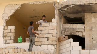 إنهار بيت بجانبنا: إخلاء مباني آيلة للسقوط