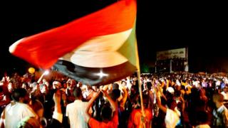 تحذيرات من مغبة العنف ضد المتظاهرين في السودان