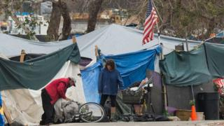 Campamento de personas sin techo en Anaheim, California, en enero de 2018.