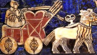 Carro sumerio de batalla. Circa 2500 a.C.